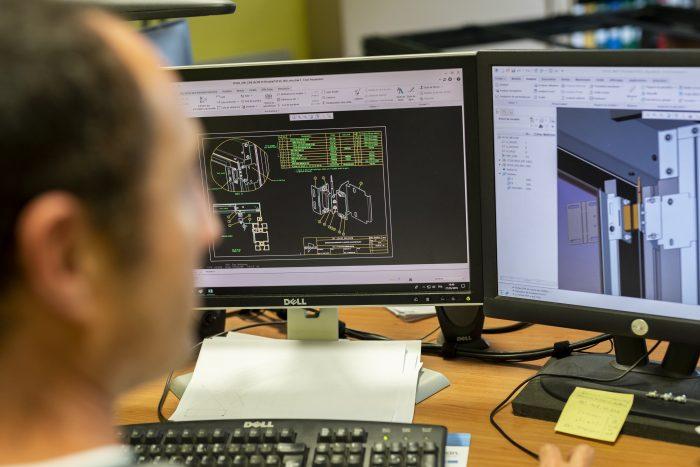 Etude conception et personnalisation de solutions datacenters par le BE Efirack